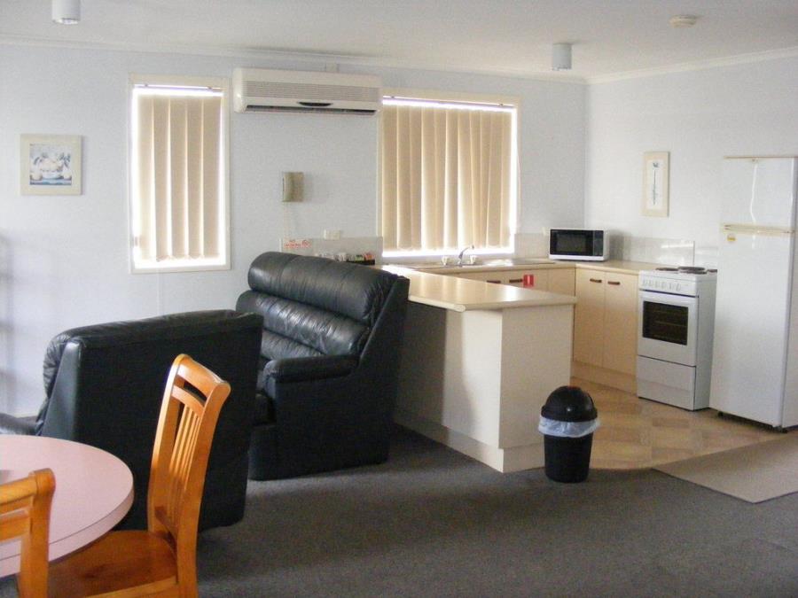 2-Bedroom Apartment 1Q + 3S