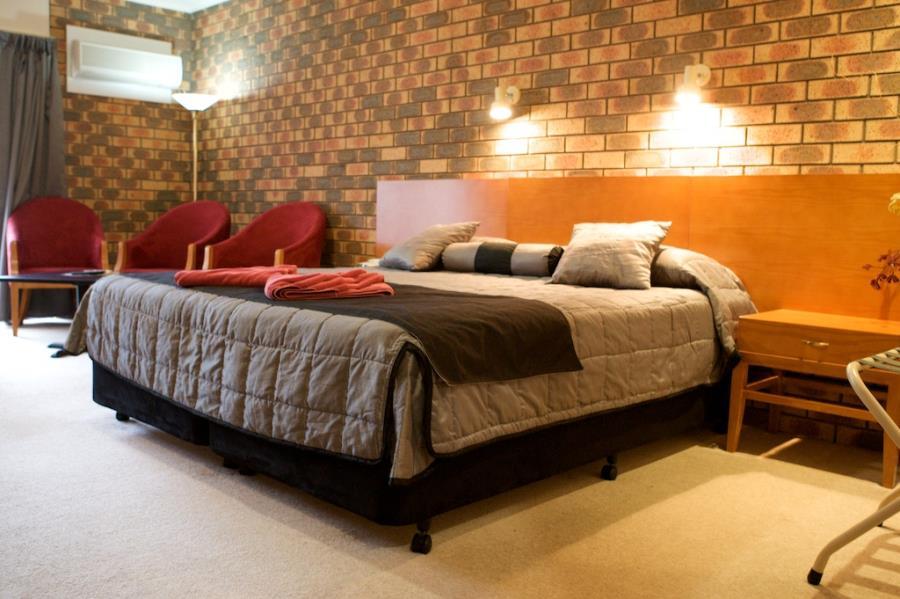 Executive - king bed + spa