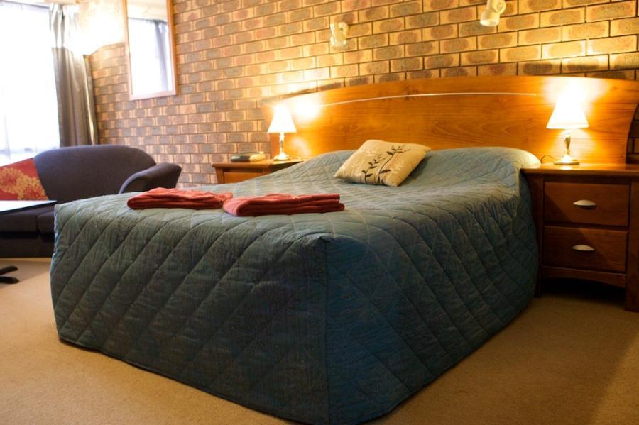 Standard Queen - 1 bed