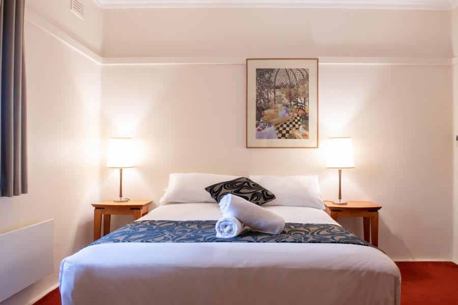Queen Suite Standard