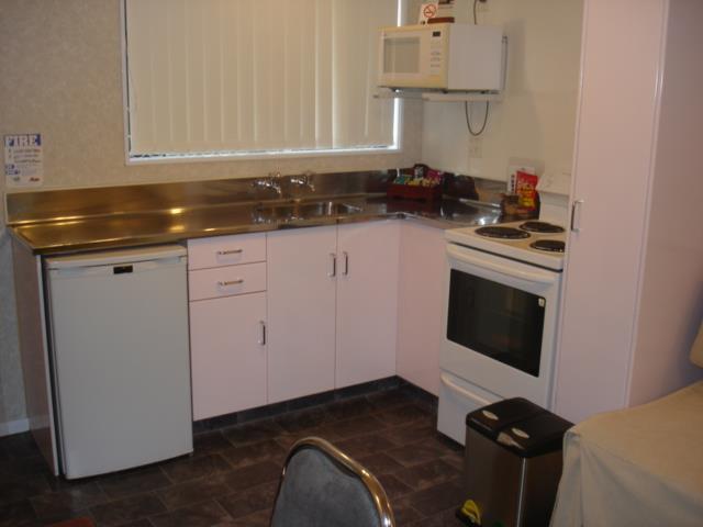 1 x bedroom Kitchenette