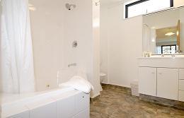 Bath room with spa