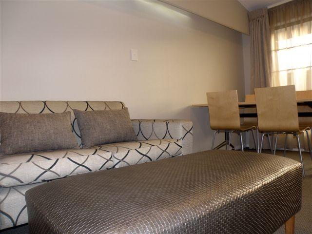 Dinette/Lounge