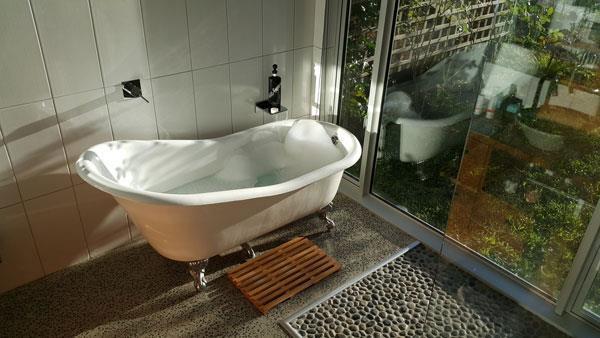 Estuary Suite Bath