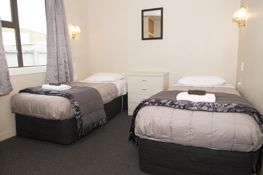 Family Two Bedroom Suite (Queen and 2 Single)