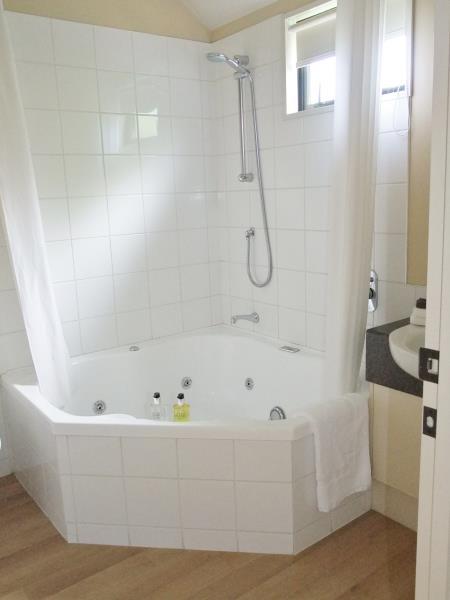 Spa Bath Studio
