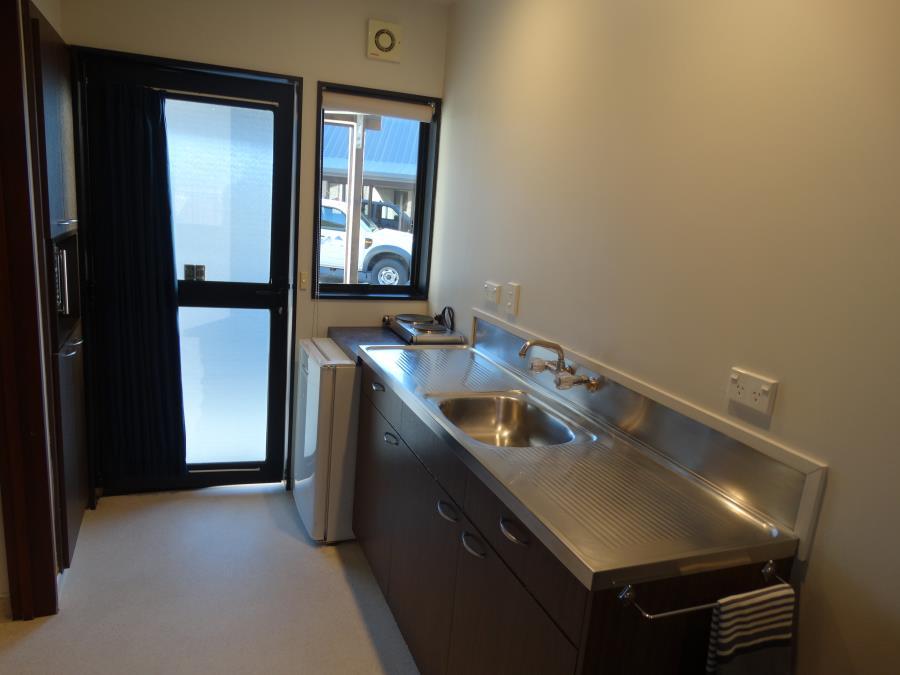 mountainview studio kitchenette