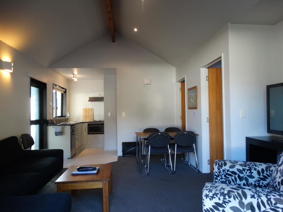 2 bedroom apartment living area
