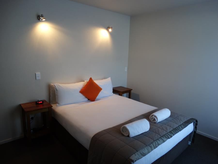 2 bedroom apartment bedroom 1
