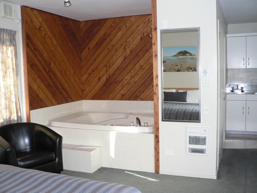 Tub chair, double spa bath