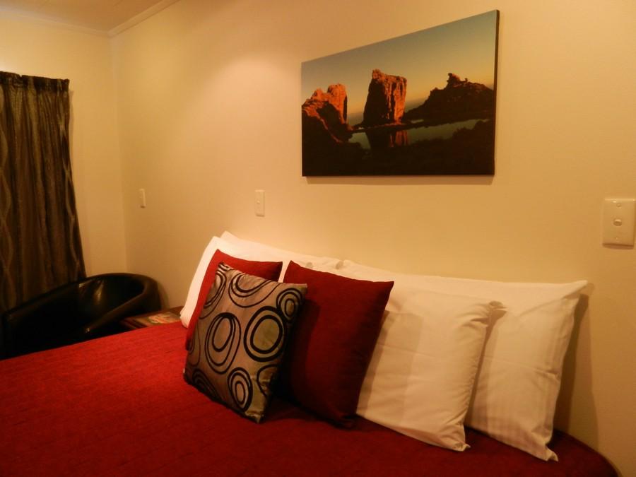 Lodge & Regular Pillows