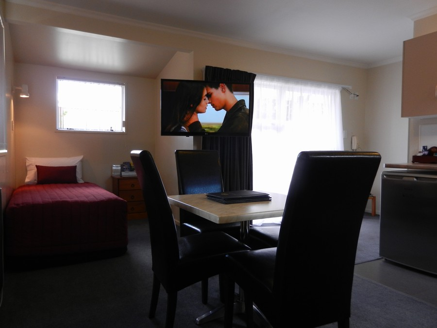"42"" Plasma TV in Lounge"