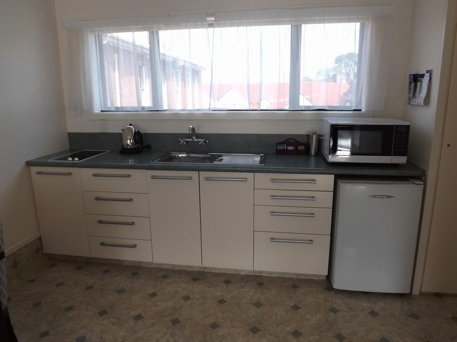 Kitchen, one bedroom