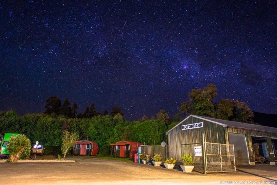 Whitebaiter's Cabin at night