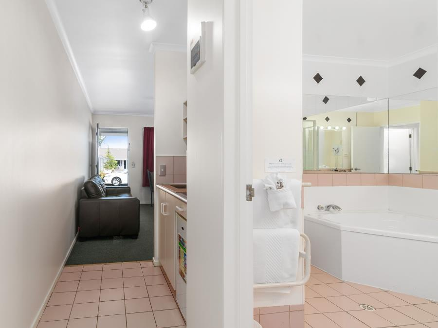 One Bedroom with Bath
