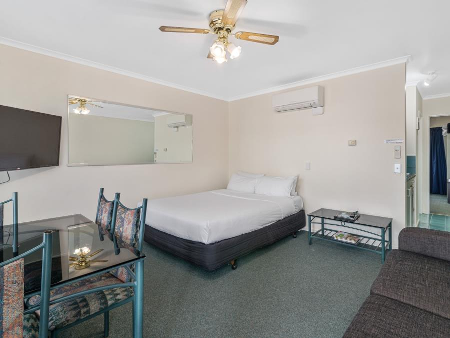 Family One Bedroom with Spa Bath